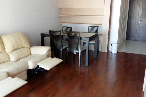 Siri-Residence-1br-rent-0617-featured