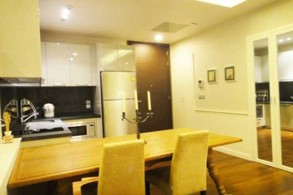 Siri-Residence-1br-rent-1217-feat